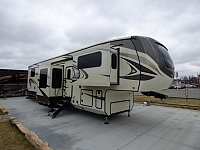 2018 Jayco North Point 385THWS Fifth Wheel