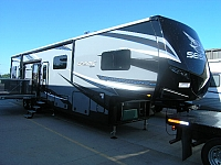 2018 Jayco Seismic 4113 Fifth Wheel Toy Hauler