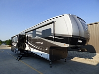 2019 Jayco Pinnacle 36KPTS Fifth Wheel