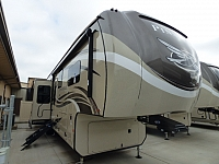 2019 Jayco Pinnacle 38REFS Fifth Wheel G18092