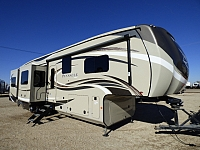 2019 Jayco Pinnacle 38REFS Fifth Wheel