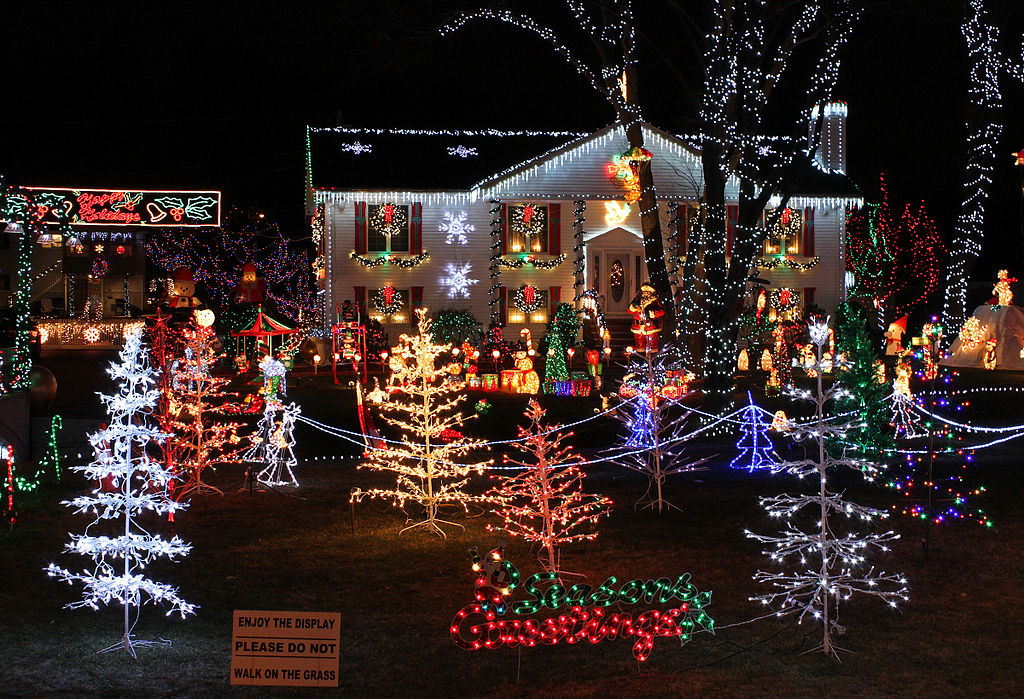 Best Holiday Lights Displays in Kansas