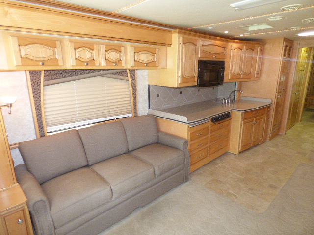 2006 Newmar Mountain AIre 4304 Diesel Pusher