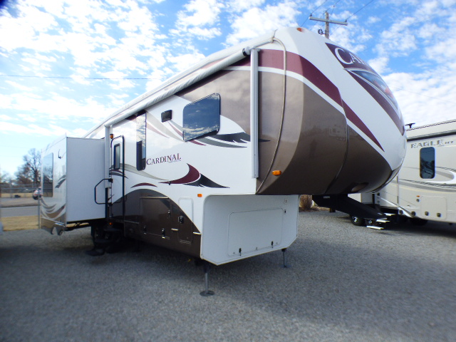 2013 FOREST RIVER CARDINAL 3030RS