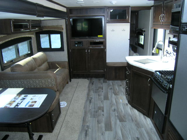 2018 Jayco Jay Flight 27BHS Travel Trailer